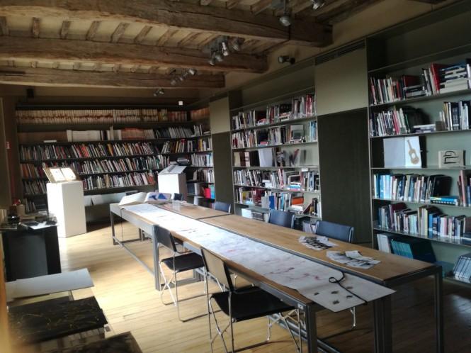 interno-biblioteca-briganti